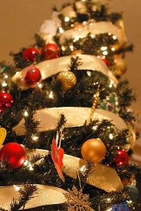 Decorating: Simple Ways to Give Your Home Christmas Cheer
