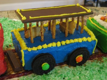 animal car train cake