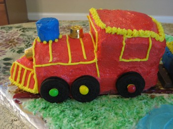 Locomotive cake