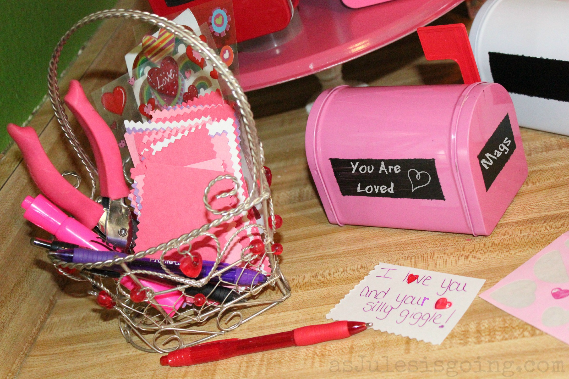 Valentine's Day Party ideas ~ Successful Homemakers