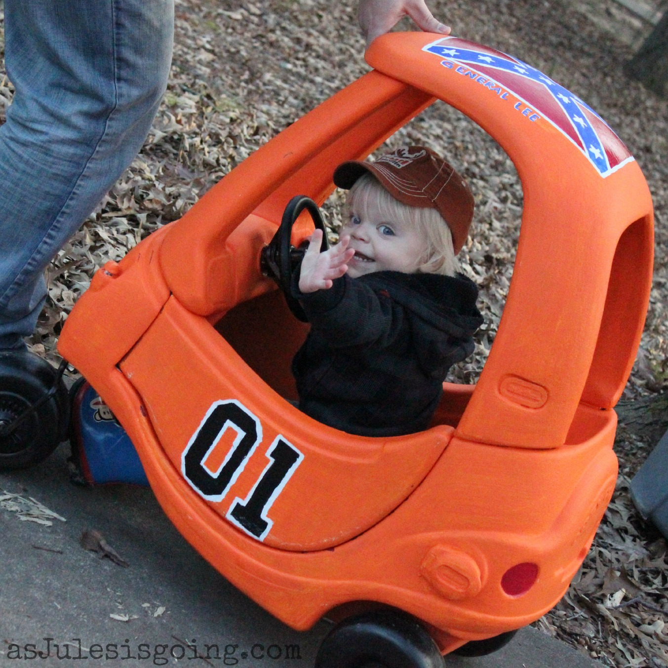 The General Lee Little Tikes Car {How-to}