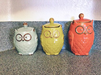 Bringing Joy Into The Mundane: Decorating Your Kitchen At Homemakers  Challenge
