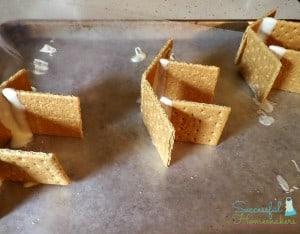 Easter Time Bunny Huts ~ Successful Homemakers
