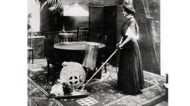 Tour of a 1910 Vacuum