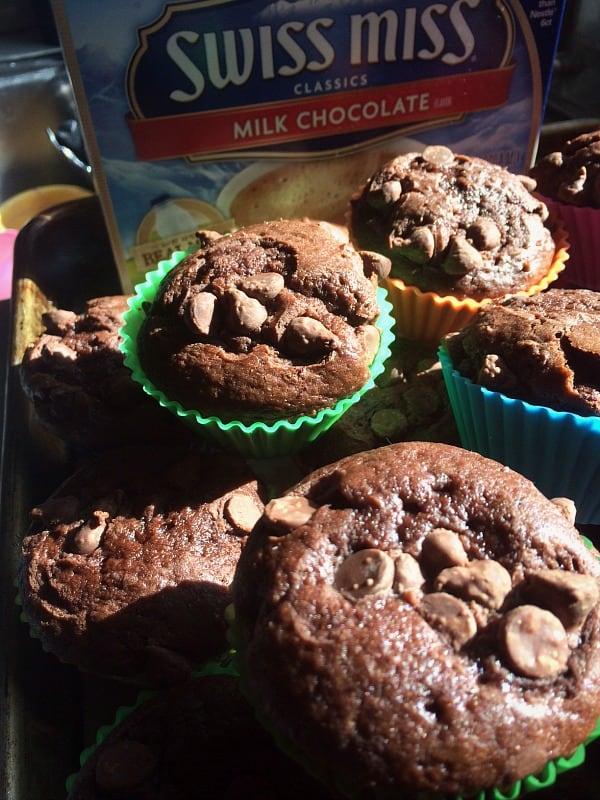 Triple Chocolate Hot Cocoa Mini Cakes ~ Successful Homemakers