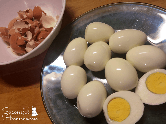Making beautiful, perfectly cooked hard boiled eggs is so very easy in the #InstantPot!