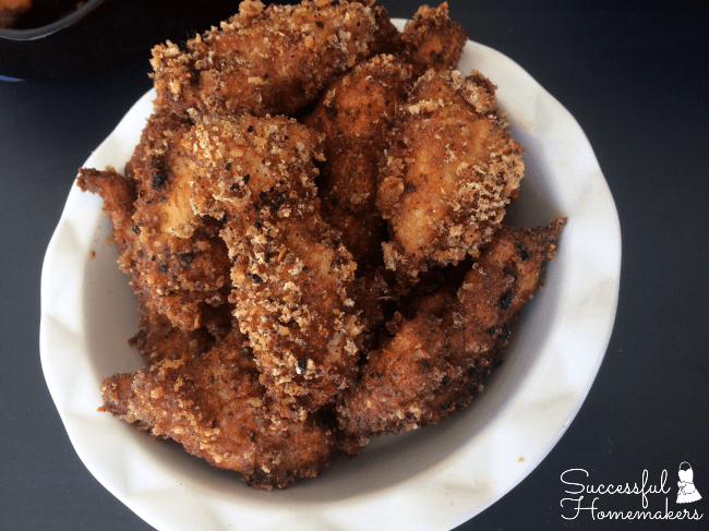 Your low carb diet doesn't mean that you can't have crispy chicken tenders! Give these tenders a try the next time you're craving fried chicken!