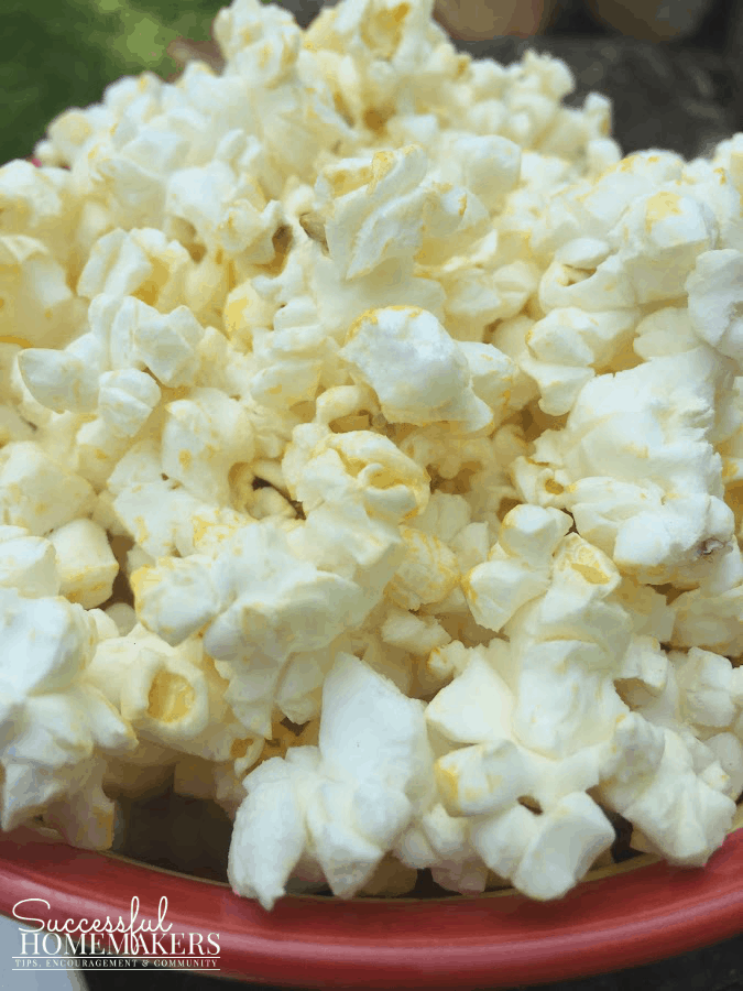 3 Quick Snacks 100 Calorie popcorn